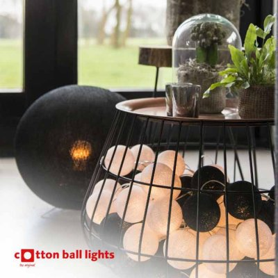 Cotton Ball light string black and white 35 balls