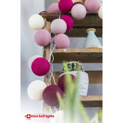 Cotton Ball light string red cheeks 20 balls