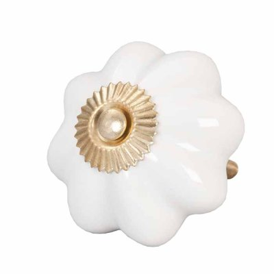 Door knob flower white