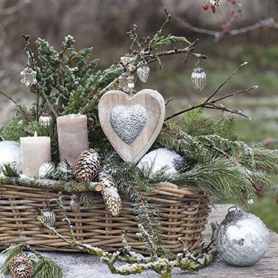 Napkin Winter Arrangement