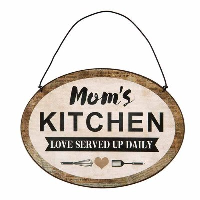 Metal sign Mom's kitchen