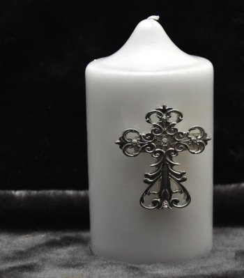 Candle accessory cross