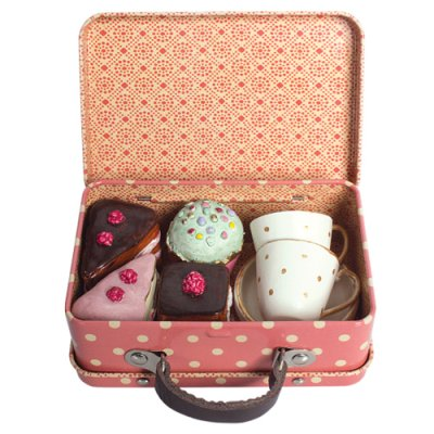 Maileg baked goods in a suitcase